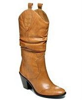 i love these cowboy boots! They would look so cute with a pair of electric blue tights I have.