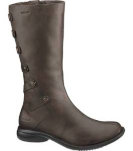 "the ""tetra launch"" cute, weatherproff & goretex lines- what more could you ask for?"